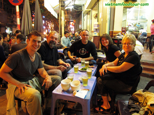 hanoi street food night