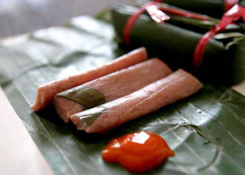 "Fermented pork roll ""Nem chua"""